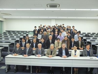 20171022シンポジウム記念集合写真.JPG